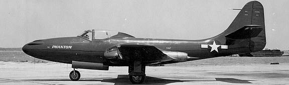 McDonnell_FH-1_Phantom_1_top.jpg